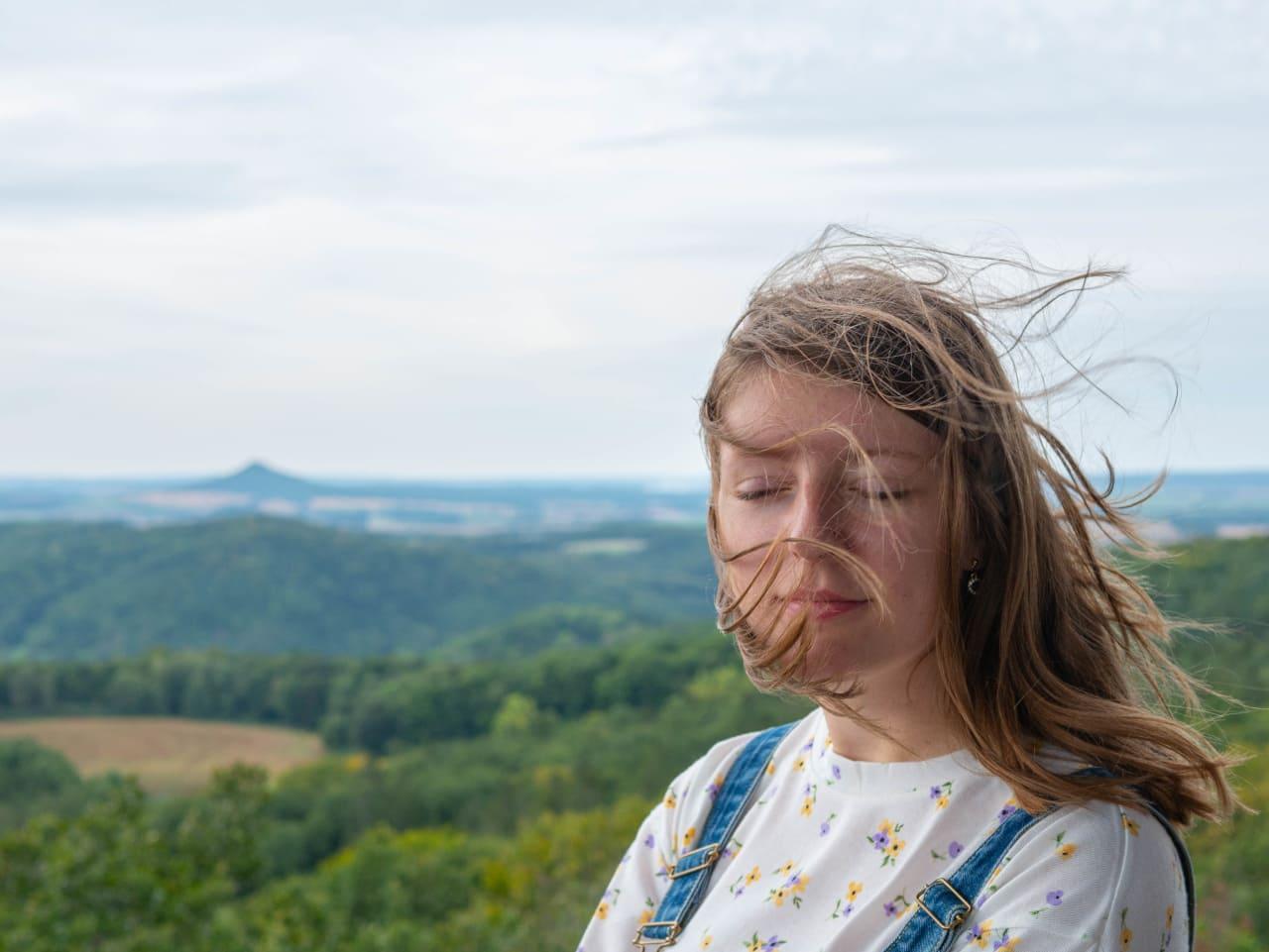 Ostrzyca Rezerwat Przyrody Ostrzyca Proboszczowicka Kraina Wygasłych Wulkanów Pogórze Kaczawskie Najważniejsze Atrakcje Ciekawe Miejsca Punkt Widokowy