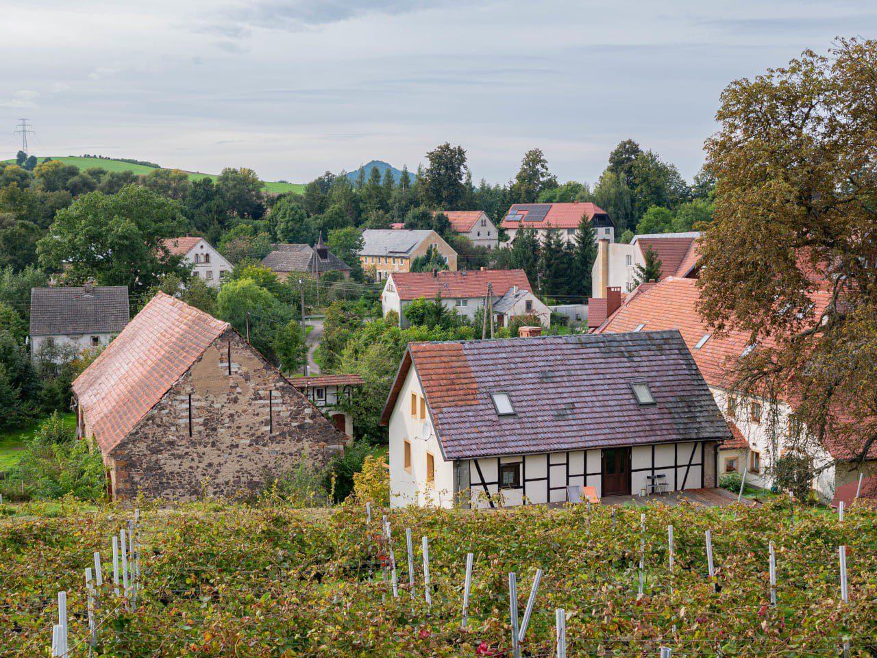 Winnica Agata w Sokołowcu Agroturystyka Nocleg Zwiedzanie i Degustacja Dawny Wulkan