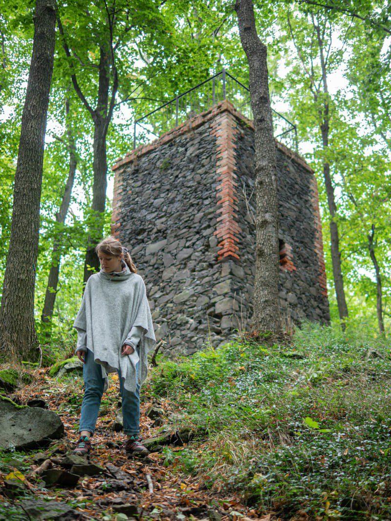 Park Krajobrazowy Chełmy3 Wzgórza Muchowskie Niska Wieża Widokowa Bez Widoku w Muchowie na Pogórzu Kaczawskim
